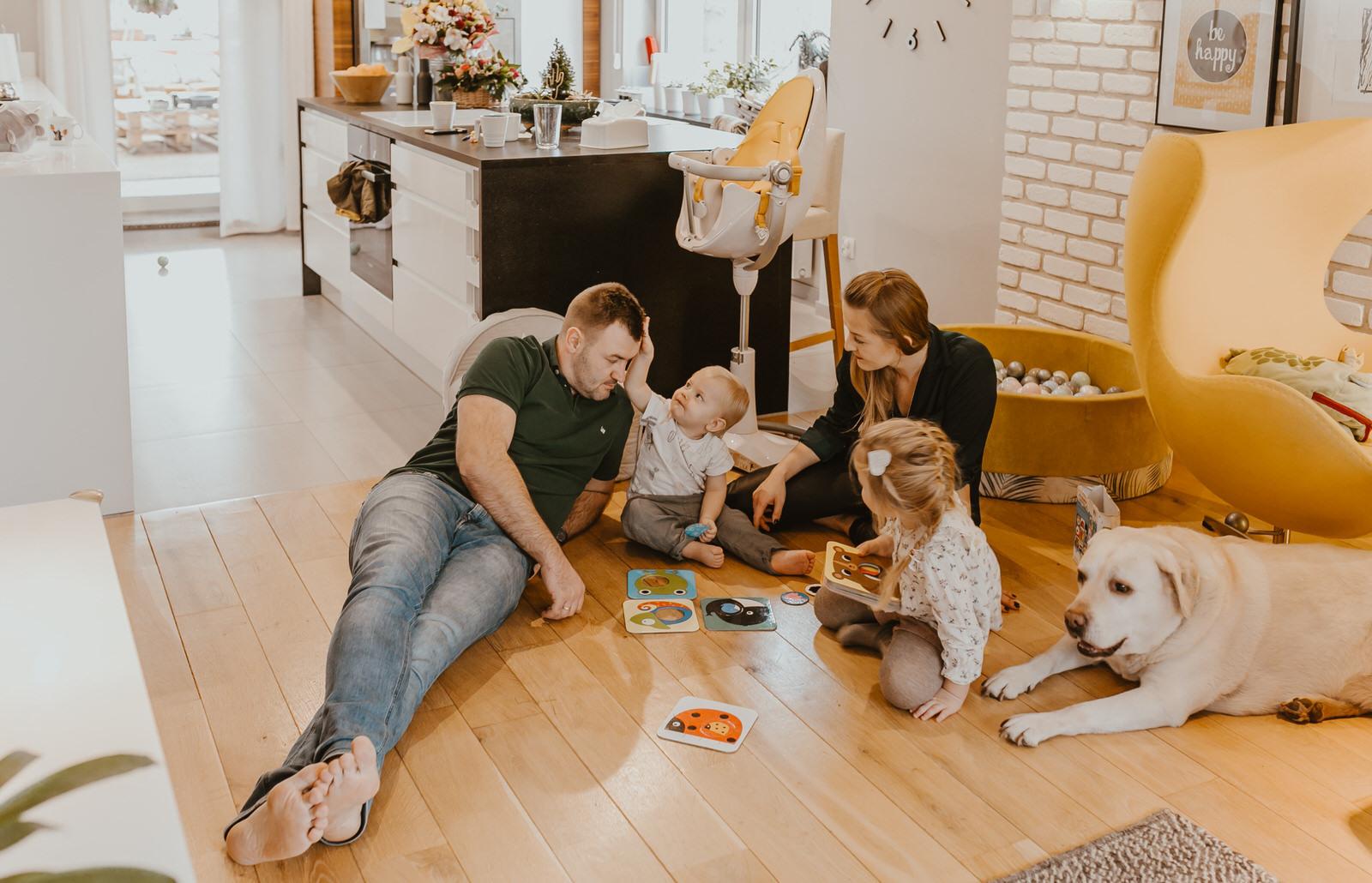 Jak przygotować się do sesji lifestyle domowej lub plenerowej?